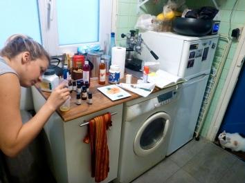 Making a matifying face cream. Step 5. © JITMF