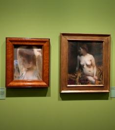 De gauche à droite : Femme pensive aux bras levés (1889) et Nu dans l'atelier (vers 1900). ©JITMF